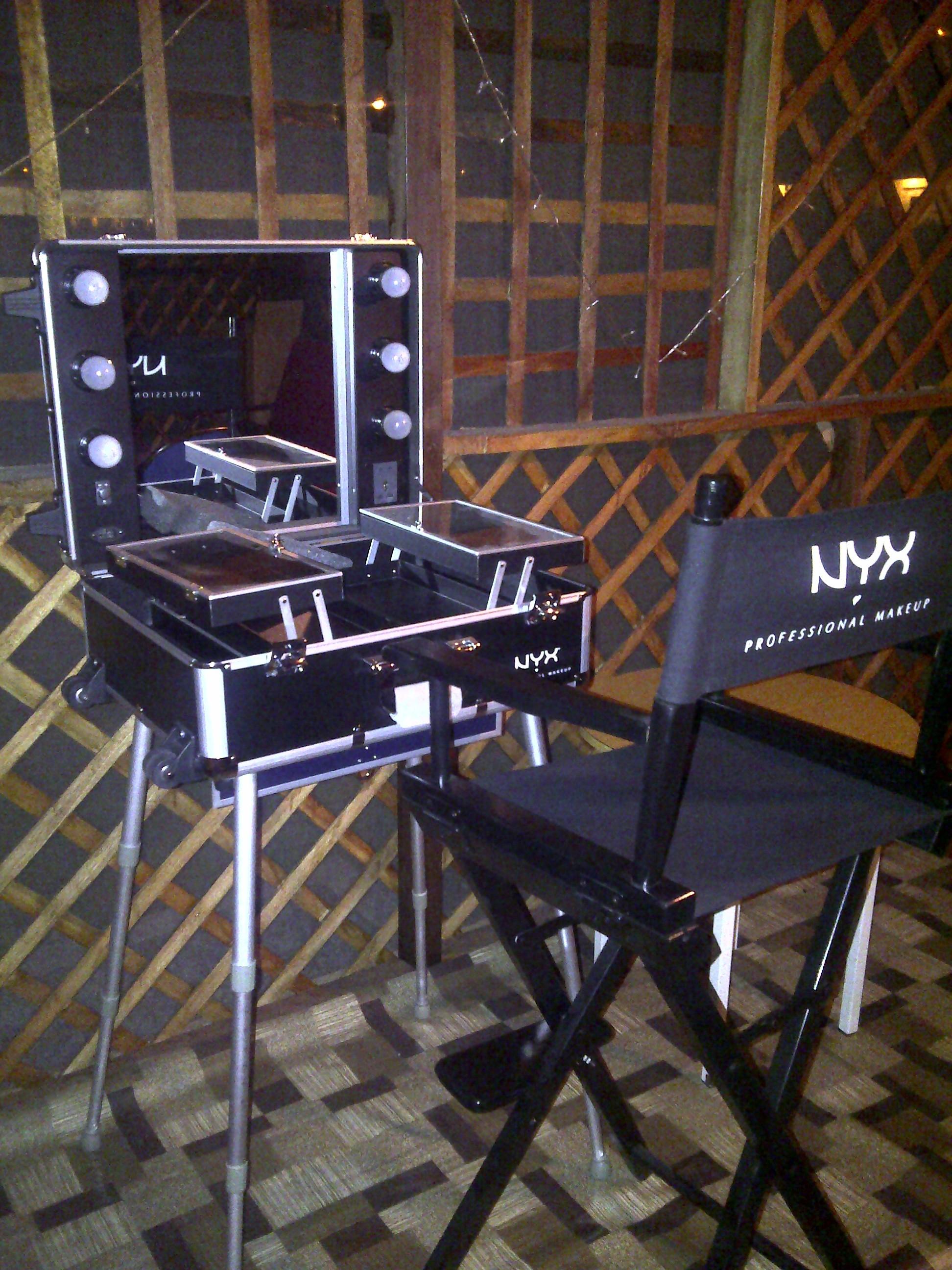 Matc01 Makeup Artist Train Case With Lights Mugeek Vidalondon